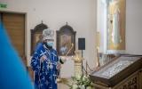 В канун Похвалы Пресвятой Богородицы Патриарший экзарх совершил утреню с чтением акафиста в Свято-Троицком соборе г. Парижа